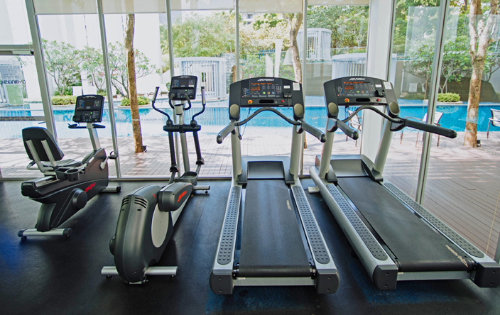 hotel gym - take time out of your day to maintain fitness while traveling