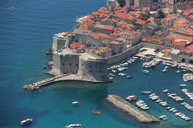 What to do with one day in Dubrovnik. Panorama image of port