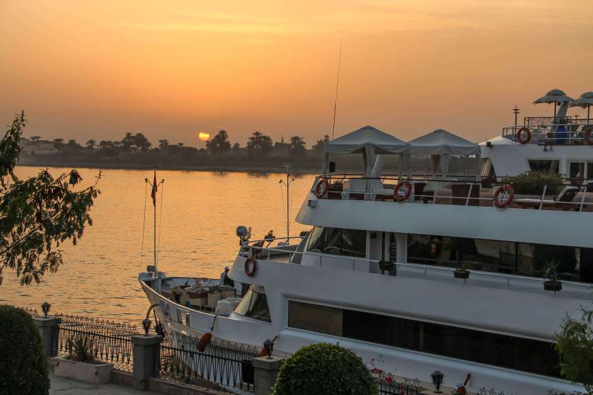 A luxury small group tour of Egypt. Cruising the Nile