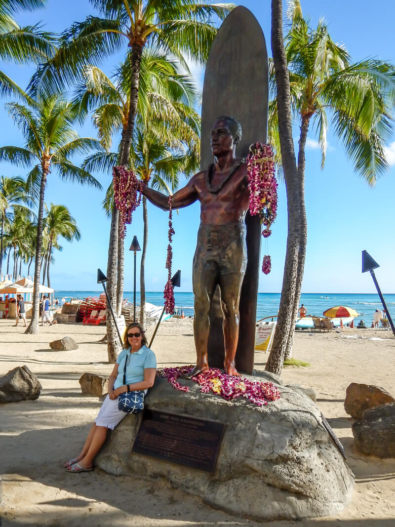 Statue of Duke Paoa Kahanamoku, Olympic champion and father of modern surfing