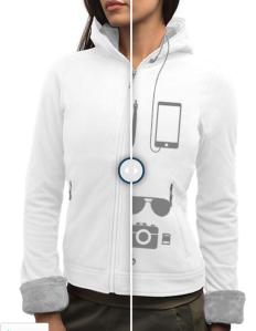 Scottevest fleece jacket for women with zipped pockets