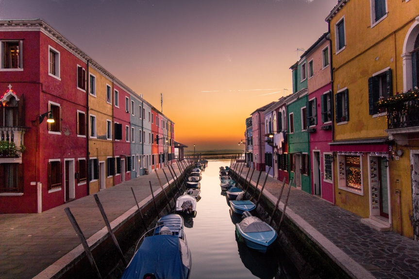 The colorful houses of the Venice lagoon off the beaten path