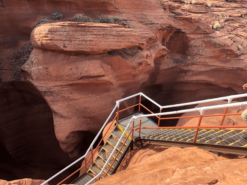 Ladders to Lower Antelope Canyon