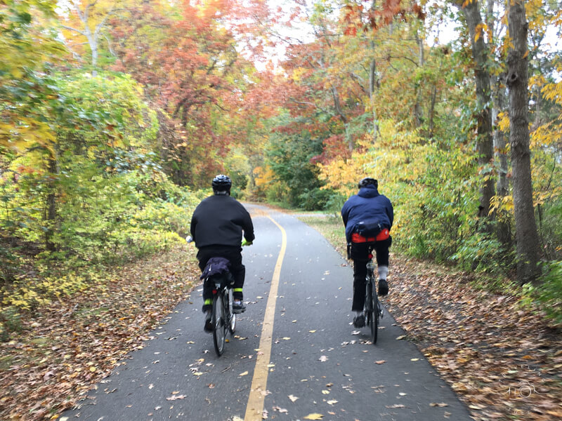Autumn colors on the Shining Sea bike trail
