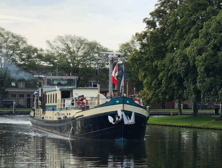 A Cycling Adventure from a Canal Barge in Holland