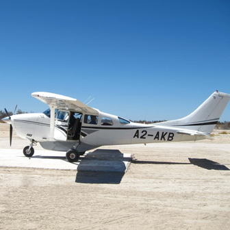 Bush plane on runway - Tips for worry-free travel